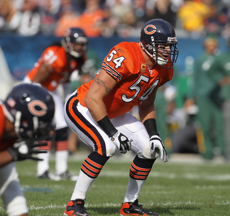 Chicago Bears: Bringing back orange jerseys is a great idea