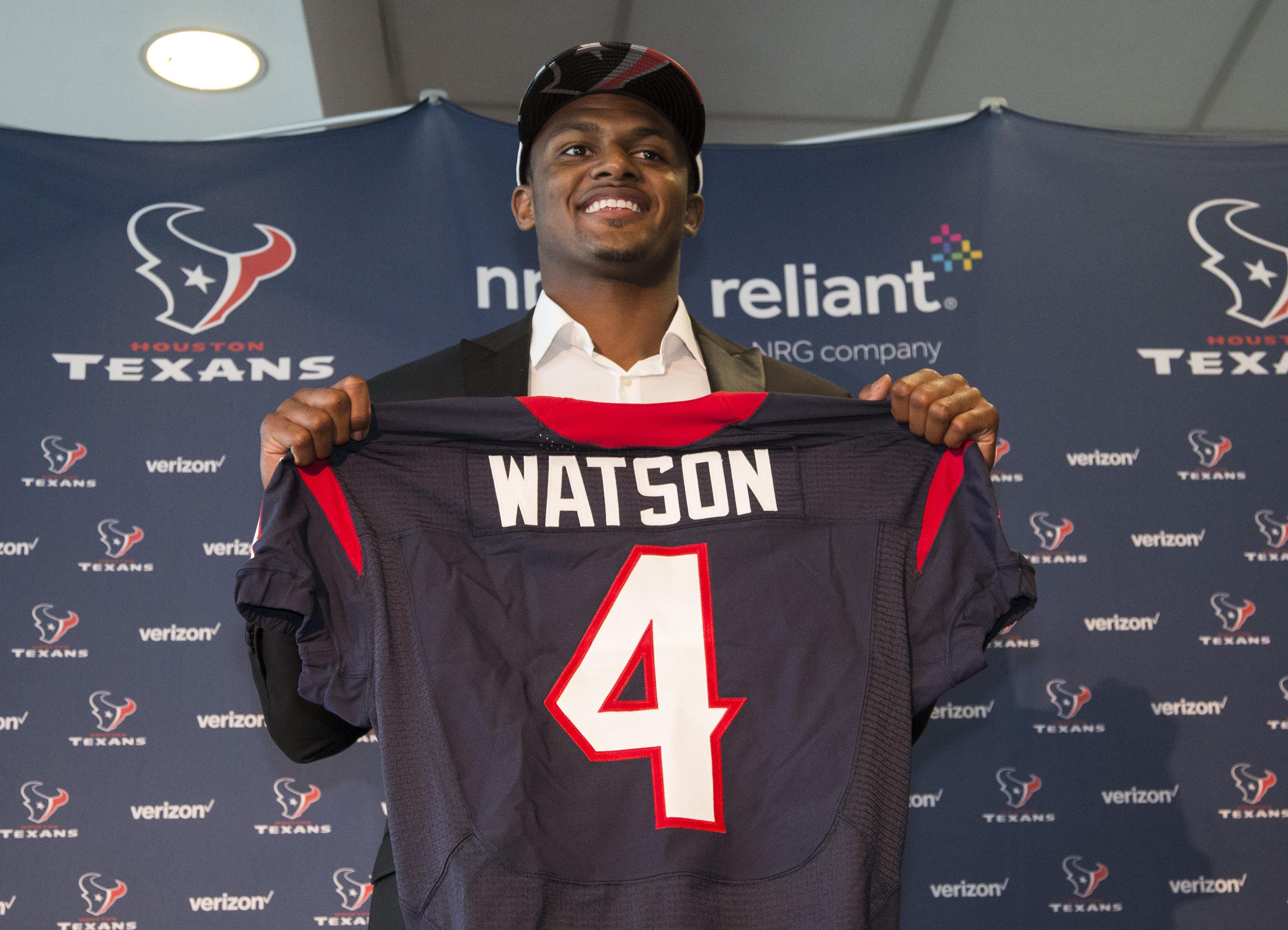 10034395-nfl-houston-texans-deshaun-wats
