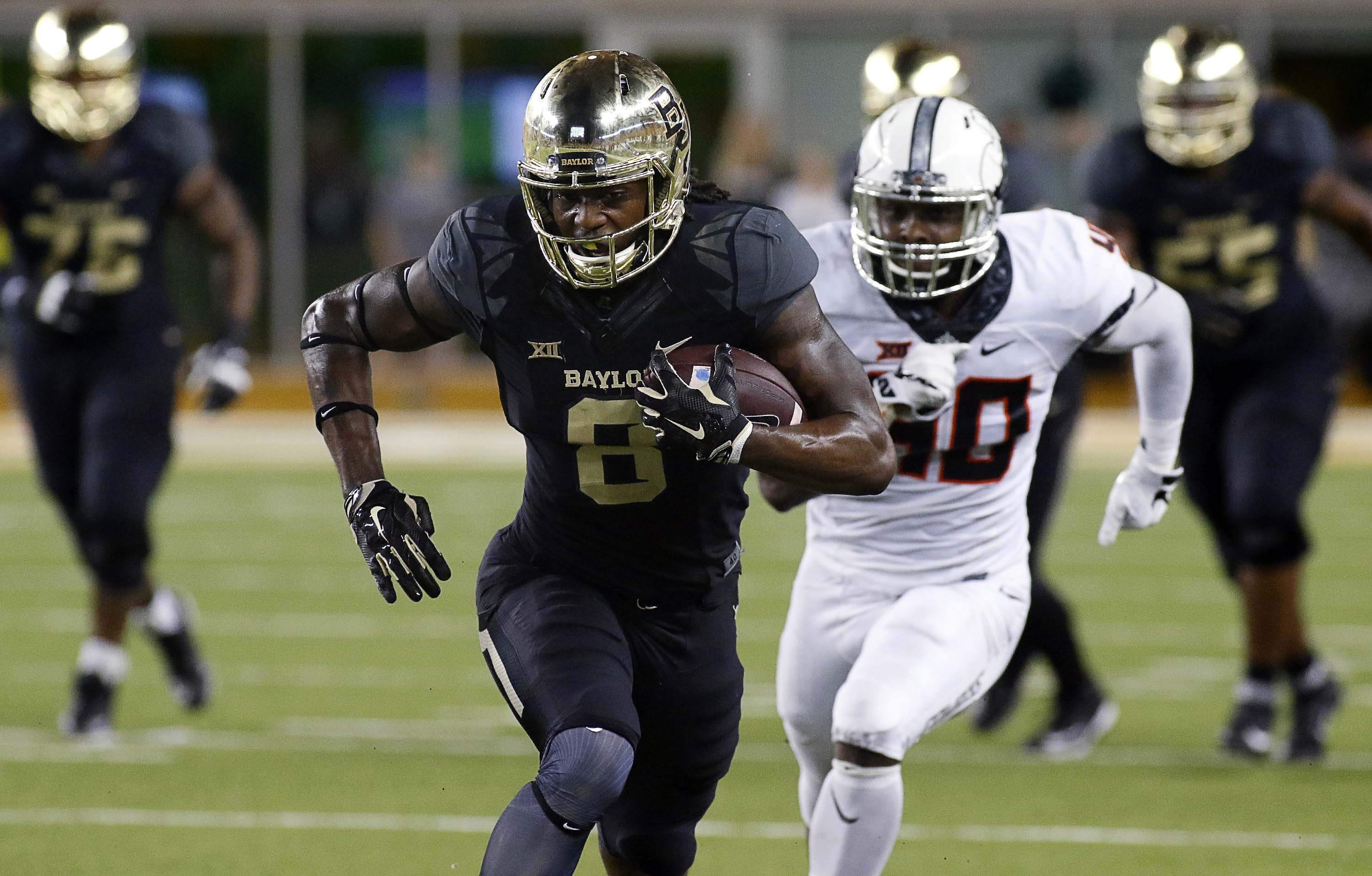 2017 Nfl Draft One Undrafted Free Agent Who Will Make Each Team S 53 Man Roster