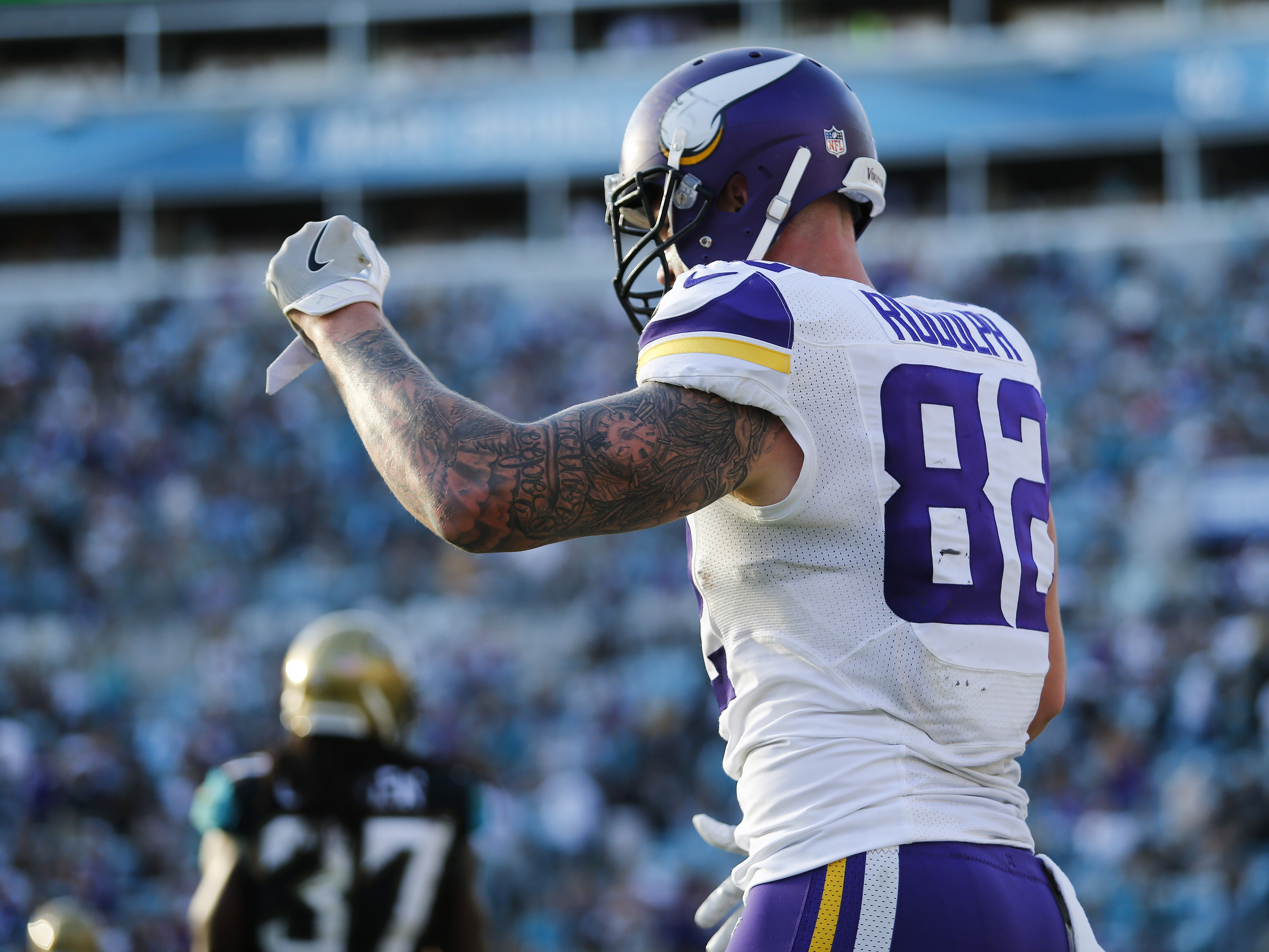 Dec 11 2016 Jacksonville Fl Usa Minnesota Vikings End Kyle Rudolph 82 Celebrates A Touchdown In The Second Half Against
