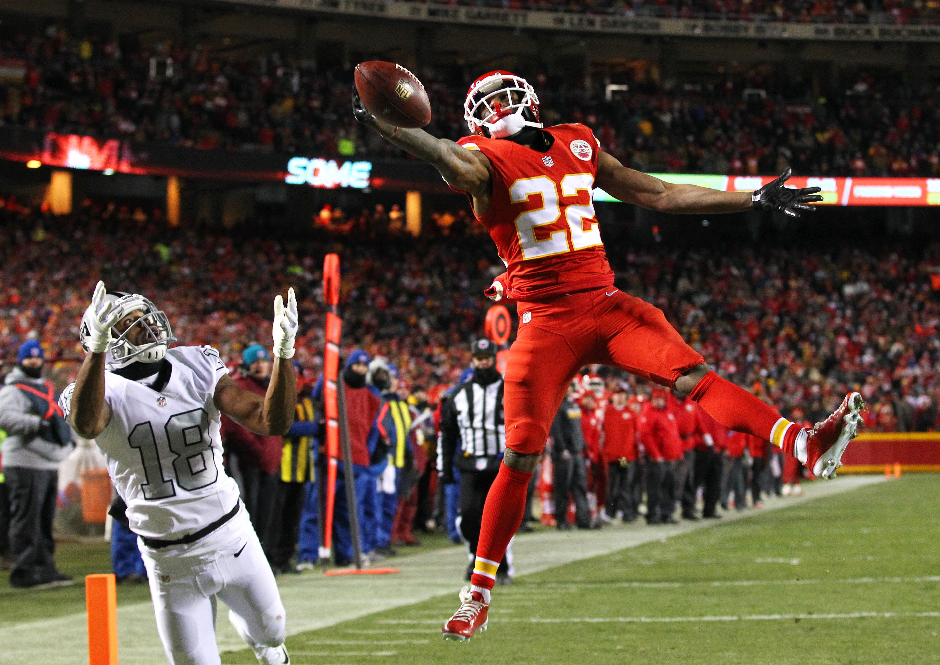 Dec 8 2016 Kansas City Mo Usa Chiefs Cornerback Marcus Peters 22 Breaks Up A P Intended For Oakland Raiders Wide Receiver Andre Holmes