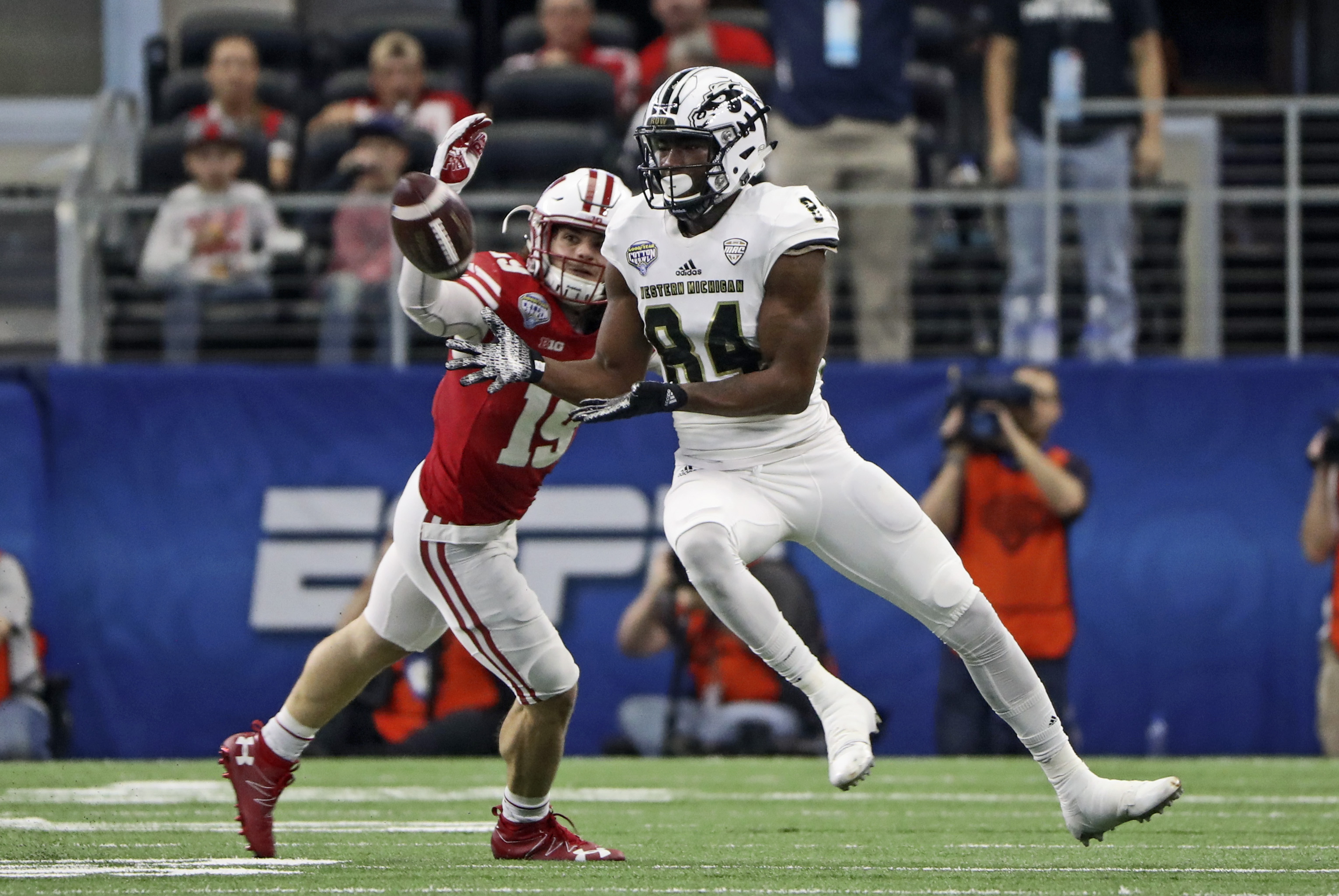 NFL Combine 2017: Wide Receivers to Watch in Indianapolis